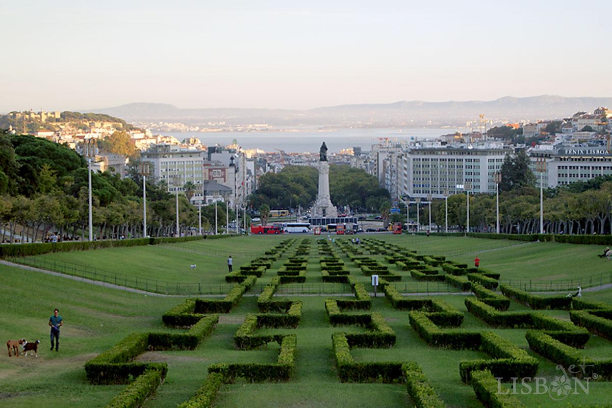 Vista de Lisboa do cimo do Parque Eduardo VII