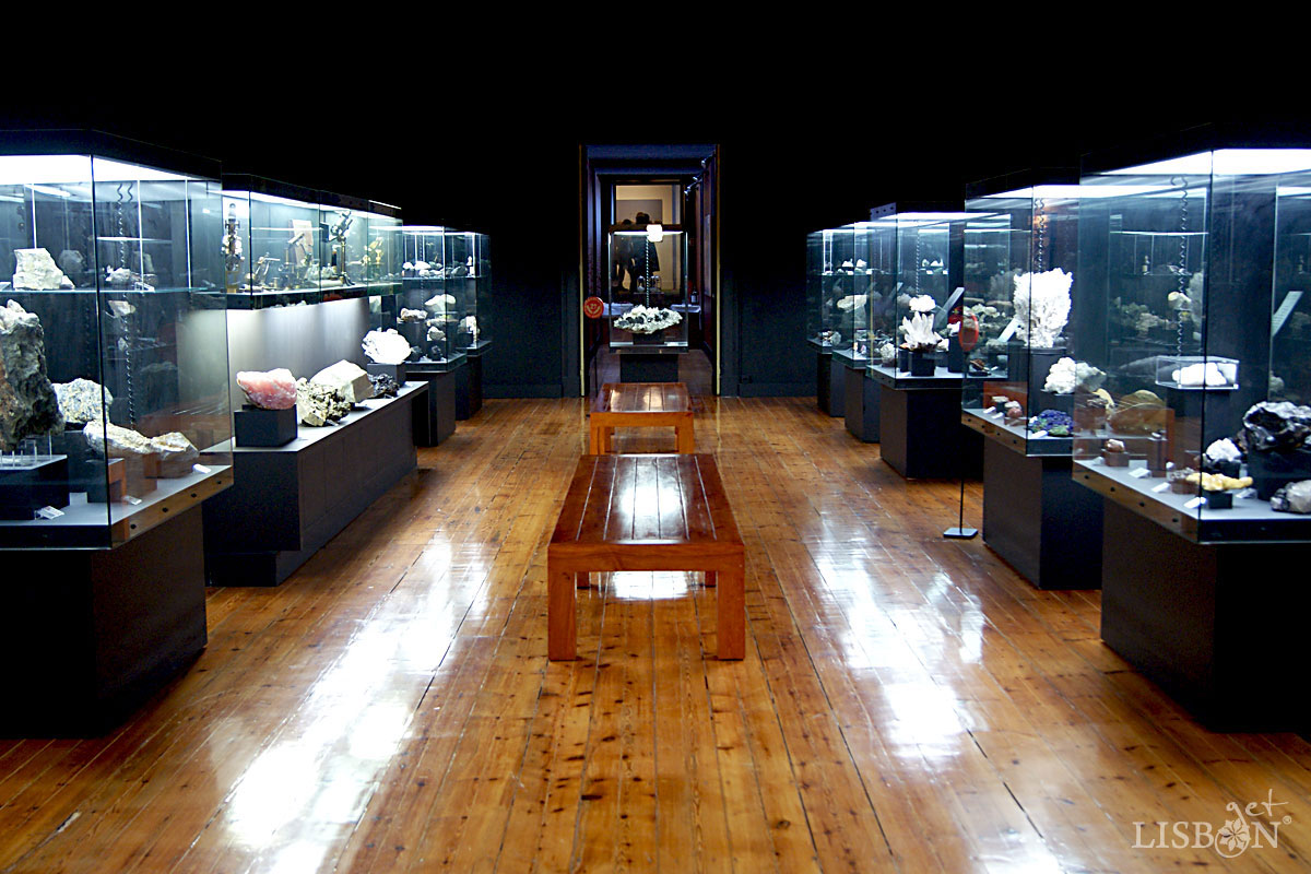 Sala de Mineralogia, Museu Geológico, Lisboa