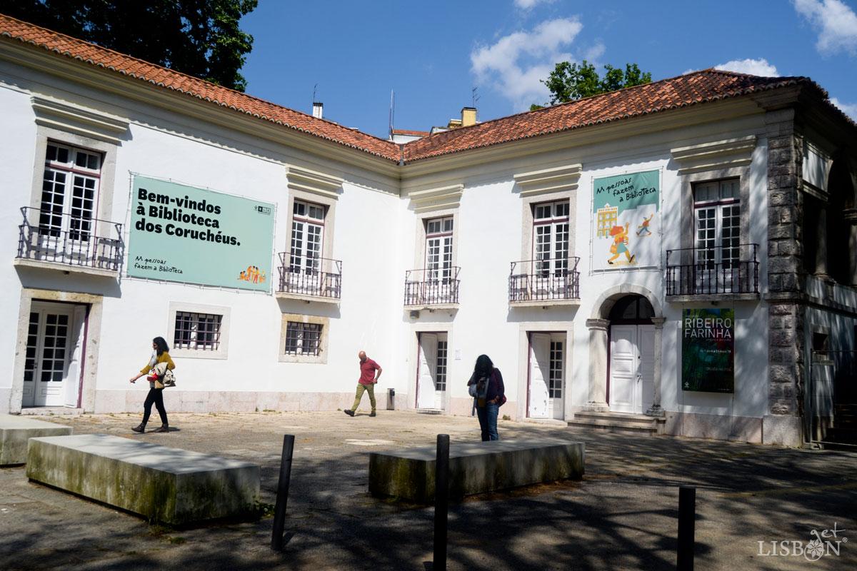 Library of Coruchéus
