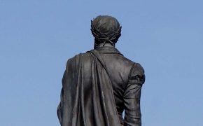 Ao Encontro de Luís de Camões em Lisboa