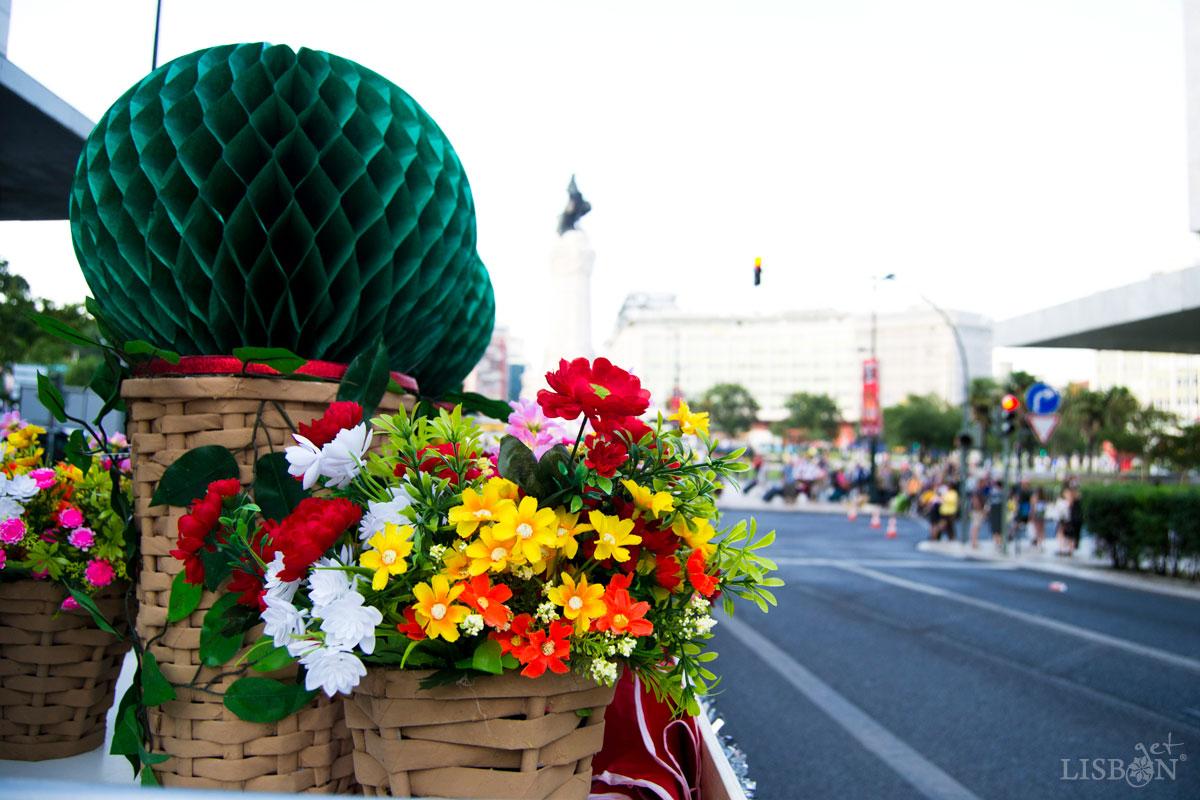 Elementos decorativos usados nas Marchas Populares