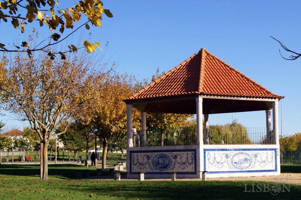 Bandstand of Campo das Amoreiras Garden, Charneca