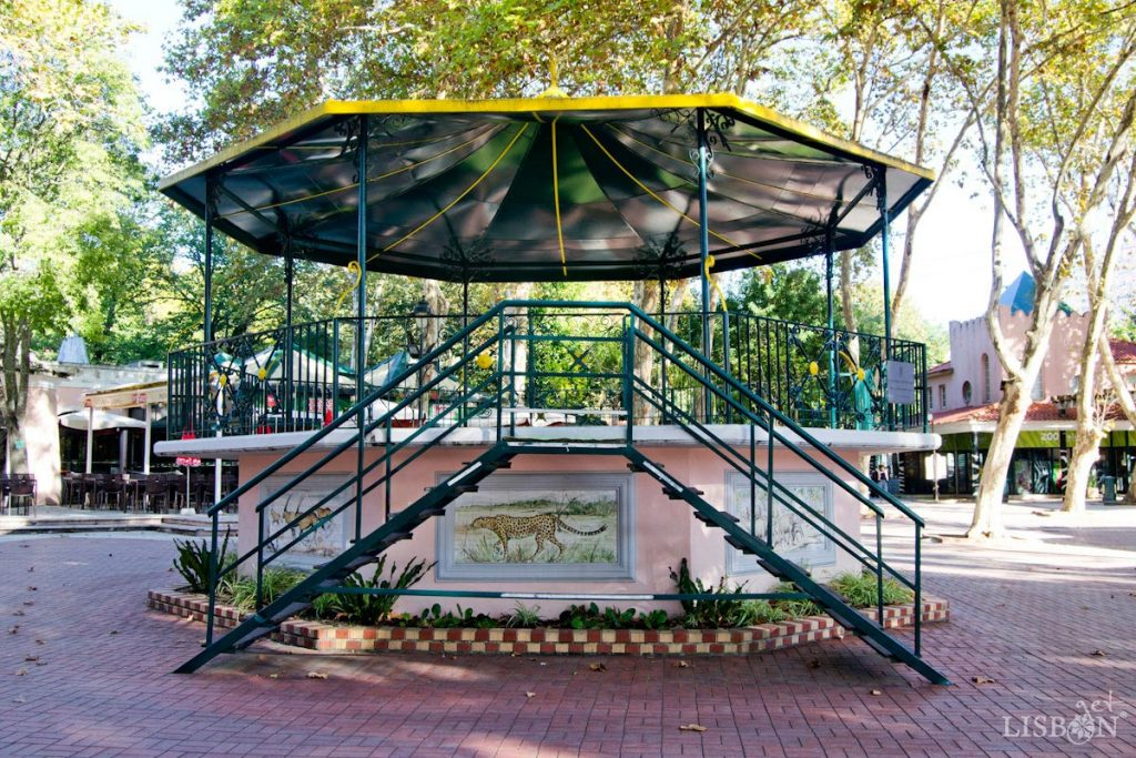 Bandstand of the Zoo