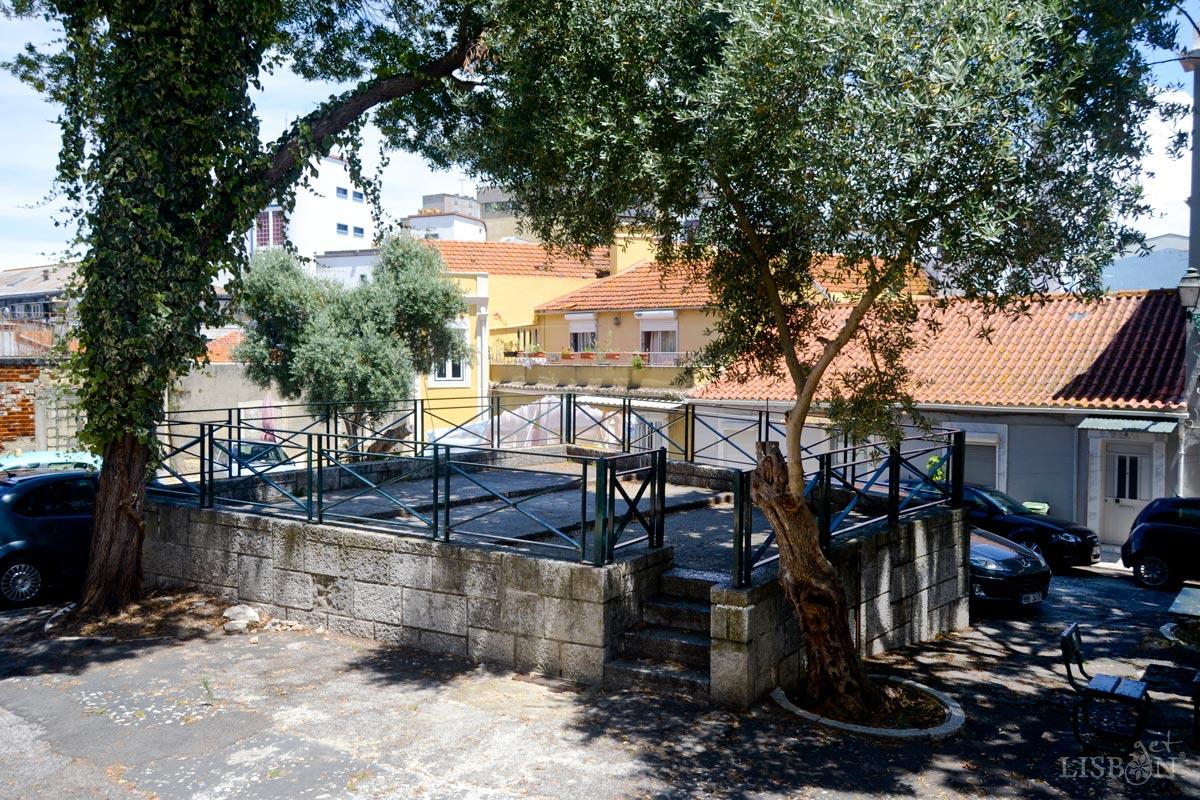 Bandstand of Olival no Beato Square