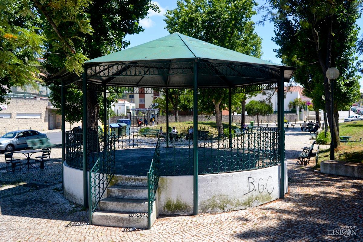 Bandstand of Galinheiras Square