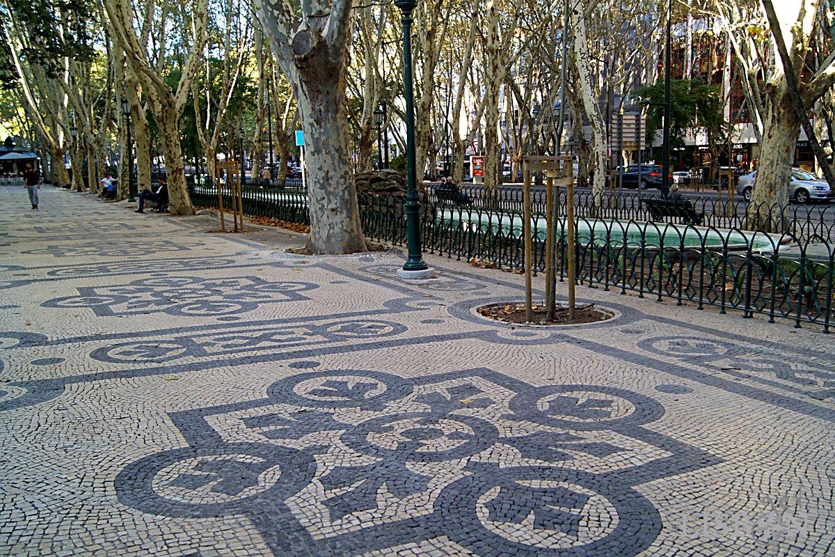 Calçada Portuguesa: primeiro troço da Avenida da Liberdade, c. 1889