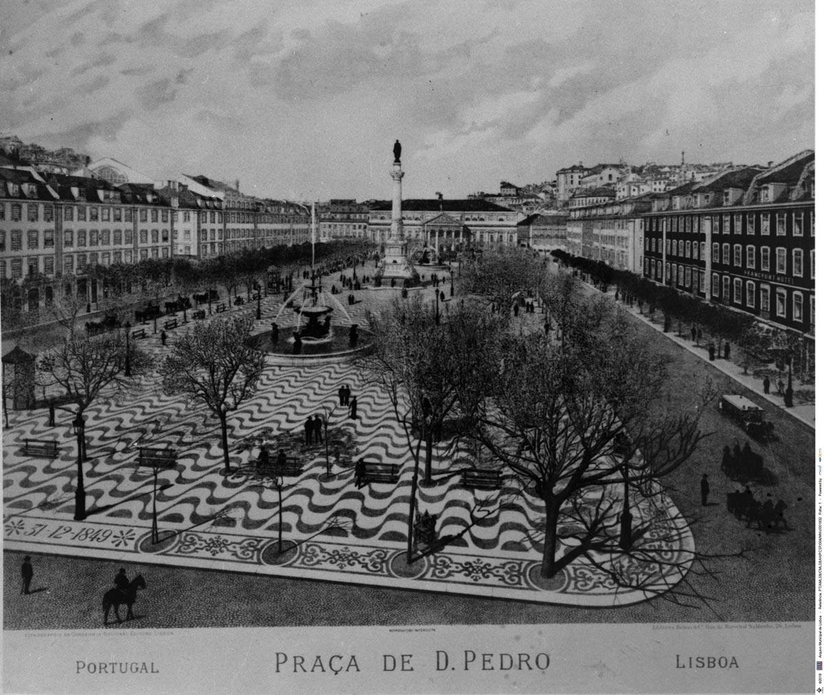 Arquivo Municipal de Lisboa; Calçada Portuguesa da Praça Dom Pedro IV; 1977; Estúdio Mário Novais; PT/AMLSB/CMLSBAH/PCSP/004/MNV/001832