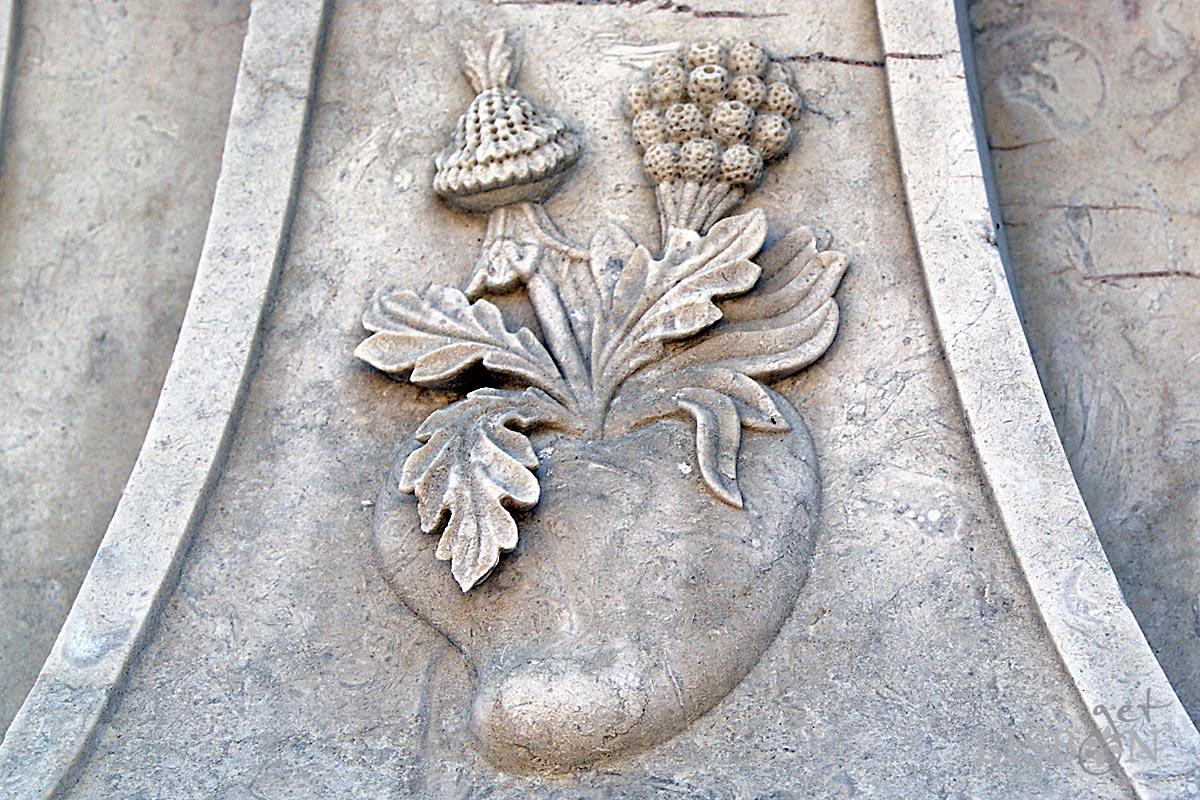 Historic Cemeteries: Sculptural Detail in the Prazeres Cemetery