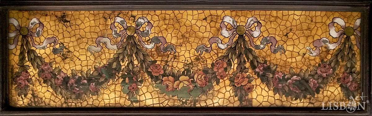 A painting in glass simulating Italian mosaic, in a shop window in Rua Garrett, in the heart of Chiado