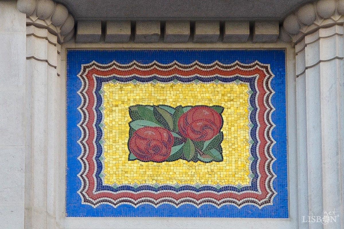 Mosaic of the António Bravo House, Avenida 5 de Outubro, Lisbon