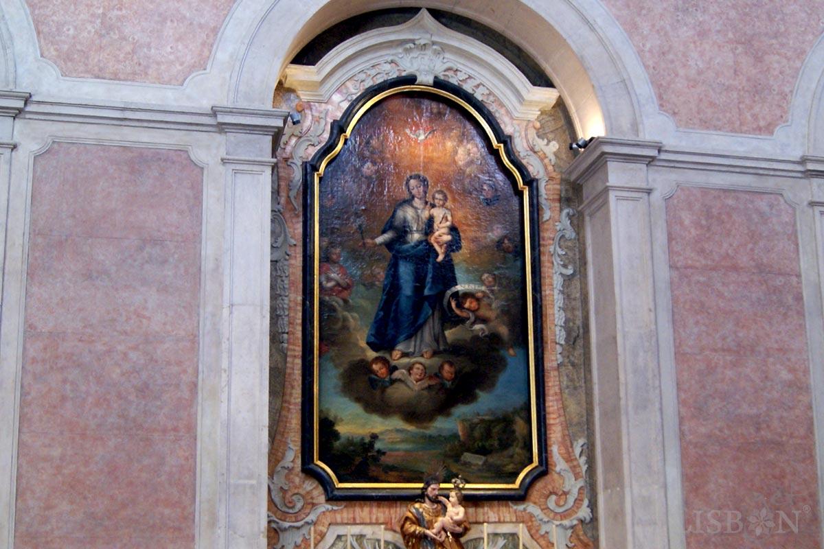 Altar Lateral com pintura alusiva a Nossa Senhora da Pureza da pintora Joana do Salitre da Igreja da Conceição Velha