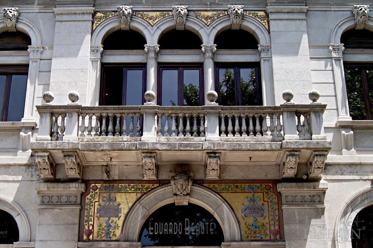 Italian mosaic of the Lambertini House, Avenida da Liberdade, Lisbon