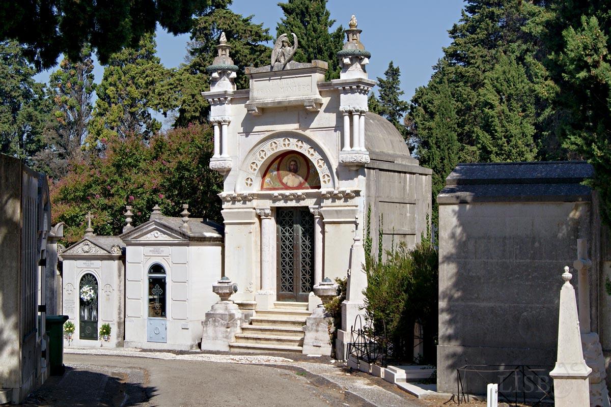 Tomb of the Franco Mantero Family, Prazeres Cemetery, Lisbon