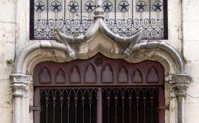 The Surprising 5 Portals between Alfama and Mouraria