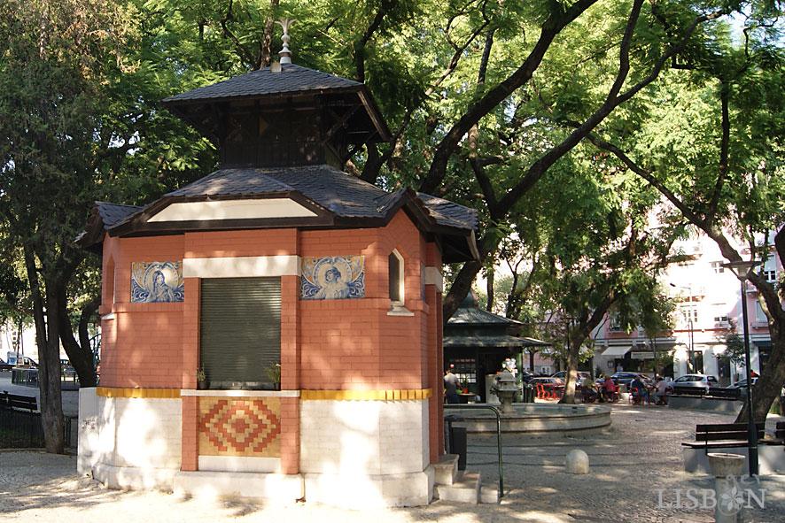 Quiosque WC no Jardim Constantino em Arroios
