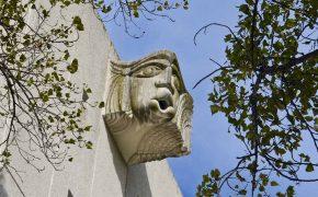 Torre do Tombo, um Templo Guardado por Gárgulas