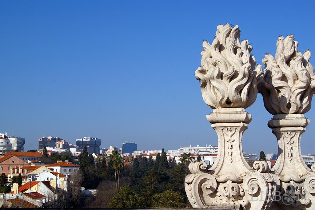O complexo da Basílica da Estrela e o antigo convento de freiras carmelitas está classificado como monumento nacional desde 1907.