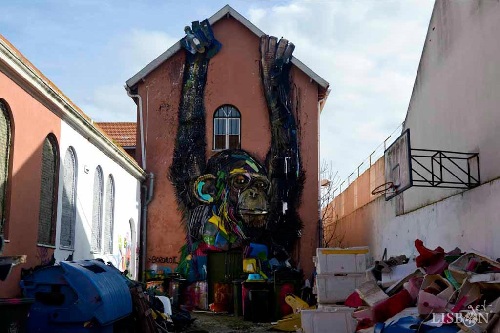 Bordalo II em Lisboa: Half Chimp, Xabregas