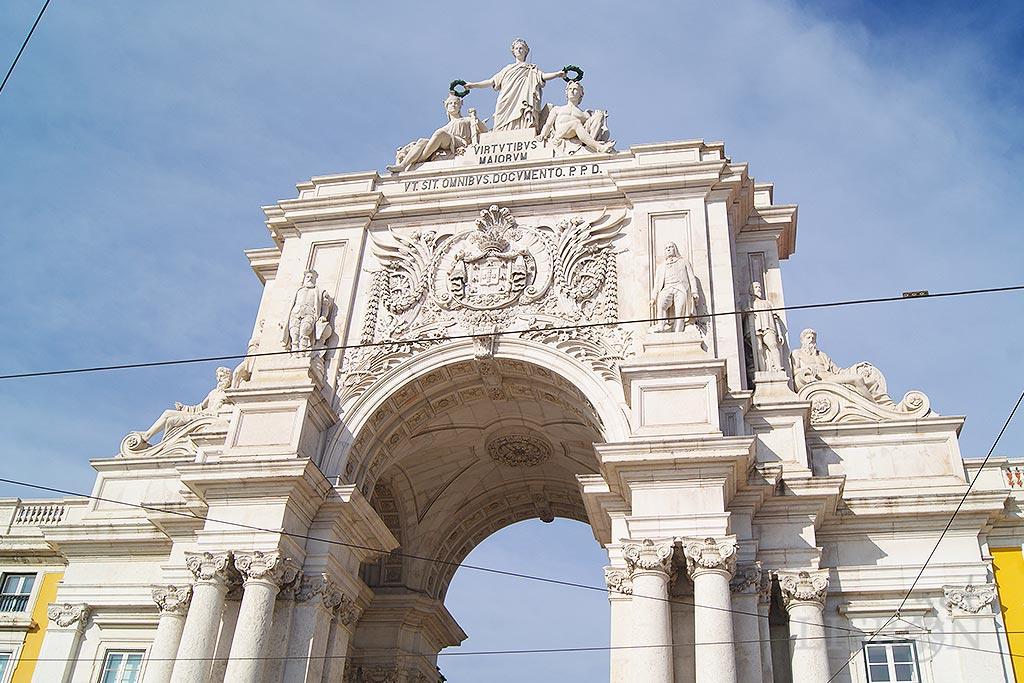Face Sul do Arco da Praça do Comércio - o programa iconográfico de Anatole Calmels