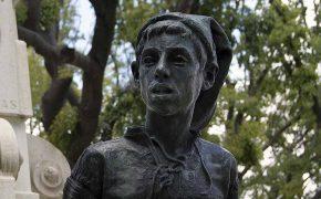 The Work of the Sculptor Costa Motta (Tio) in Lisbon