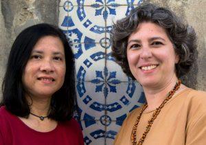 Somos duas amigas de longa data, Gracinda Gomes e Teresa Mouro, que se conheceram em Lisboa. Descobrir e divulgar os aspectos mais peculiares de Lisboa é a nossa proposta neste projecto.