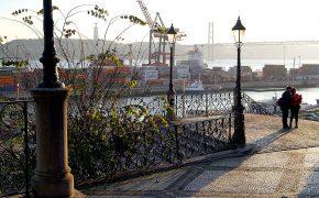 5 Discretos Miradouros de Lisboa, Varandas Para o Tejo
