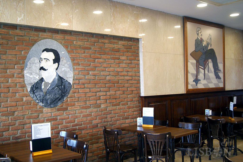 Inside of the Café Cister